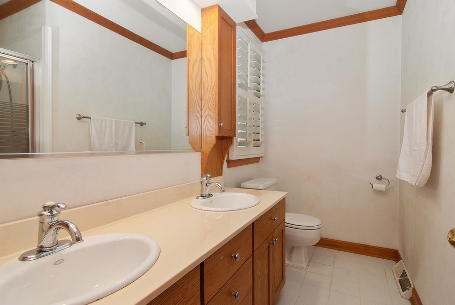 Real Estate Photography - 1140 Pine Court, Batavia, IL, 60510 - Master Bathroom