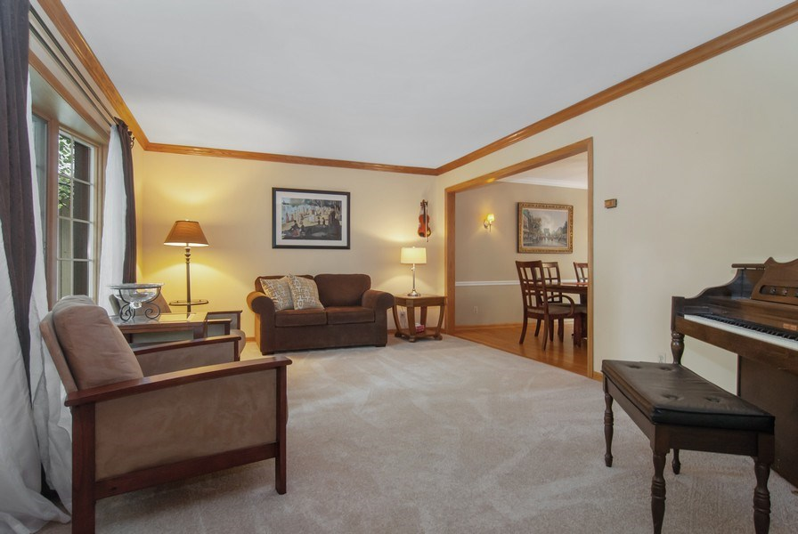 Real Estate Photography - 1140 Pine Court, Batavia, IL, 60510 - Living Room