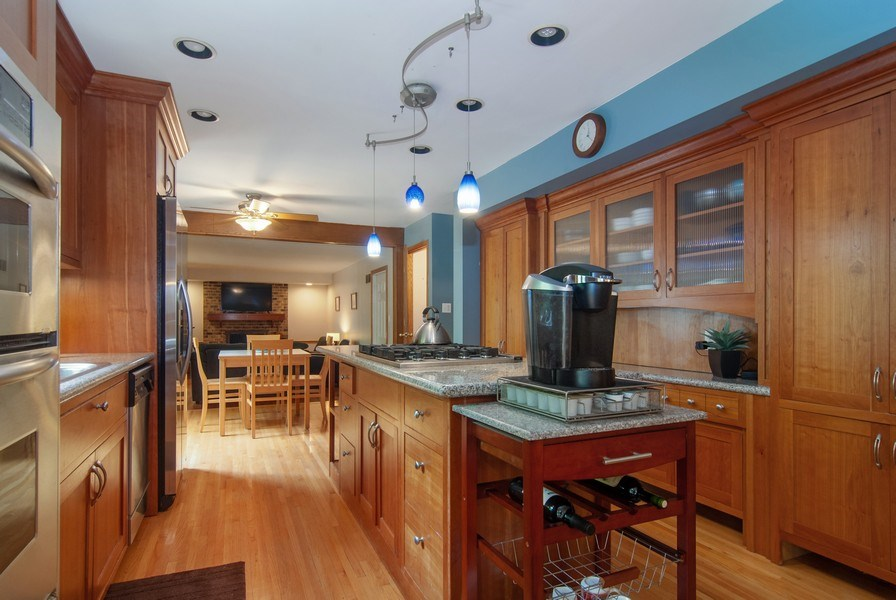 Real Estate Photography - 1140 Pine Court, Batavia, IL, 60510 - Kitchen