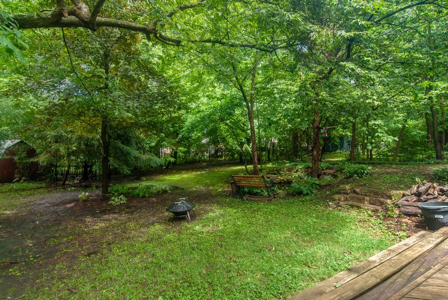 Real Estate Photography - 1140 Pine Court, Batavia, IL, 60510 - Back Yard
