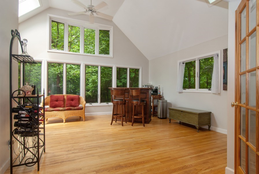 Real Estate Photography - 1140 Pine Court, Batavia, IL, 60510 - Sun Room
