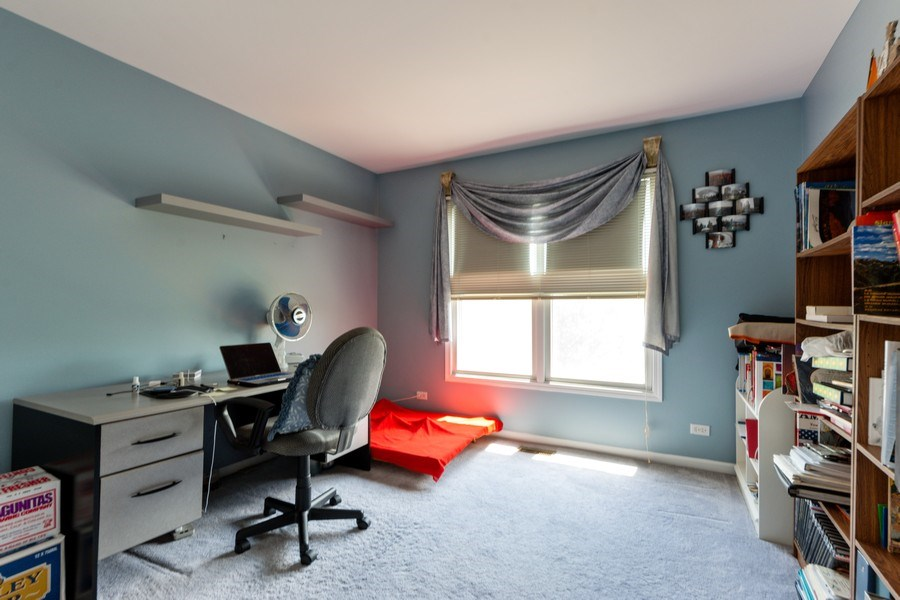 Real Estate Photography - 5255 Morningview Drive, Hoffman Estates, IL, 60192 - 3rd Bedroom