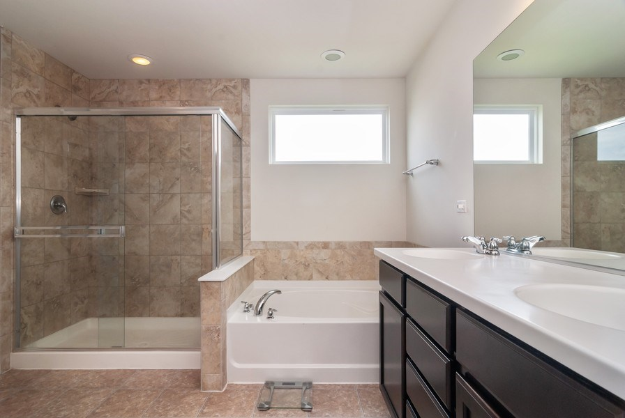 Real Estate Photography - 1423 RUBY Drive, Yorkville, IL, 60560 - Master Bathroom
