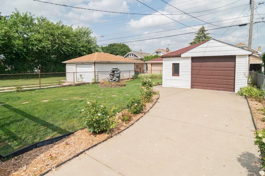 Real Estate Photography - 3625 Harvey Avenue, Berwyn, IL, 60402 - Back Yard