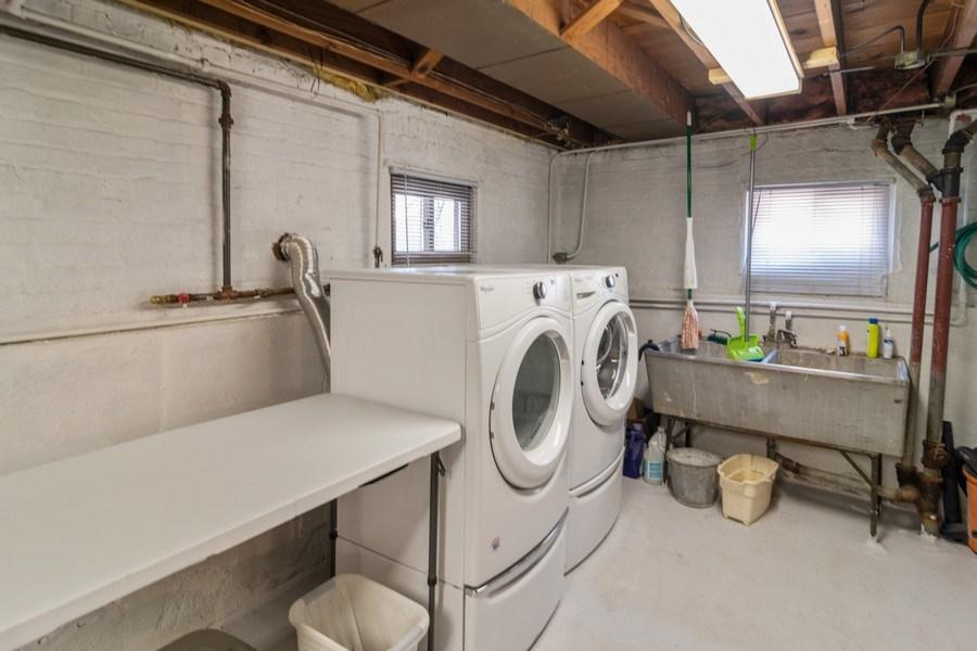 Real Estate Photography - 3625 Harvey Avenue, Berwyn, IL, 60402 - Laundry Room