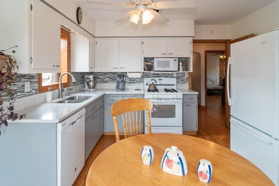 Real Estate Photography - 3625 Harvey Avenue, Berwyn, IL, 60402 - Kitchen