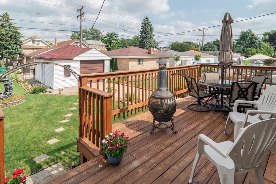 Real Estate Photography - 3625 Harvey Avenue, Berwyn, IL, 60402 - Deck