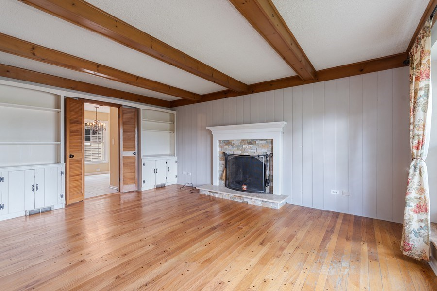 Real Estate Photography - 120 E. Bauer Road, Naperville, IL, 60563 - Family Room