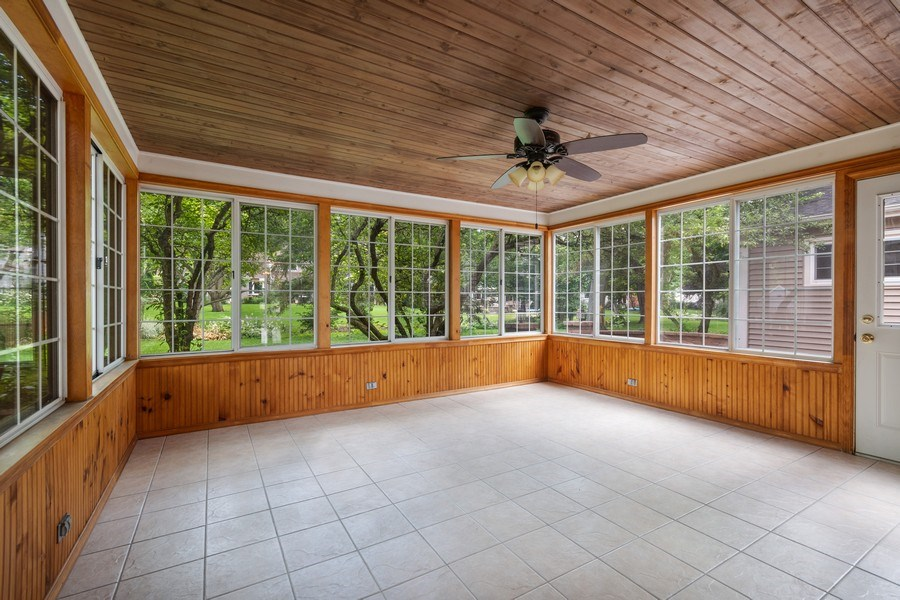 Real Estate Photography - 120 E. Bauer Road, Naperville, IL, 60563 - Sun Room