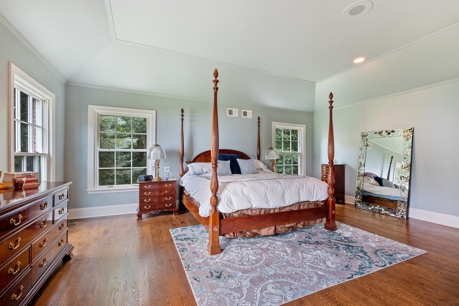 Real Estate Photography - 663 Circle Ln, Lake Forest, IL, 60045 - Master Bedroom