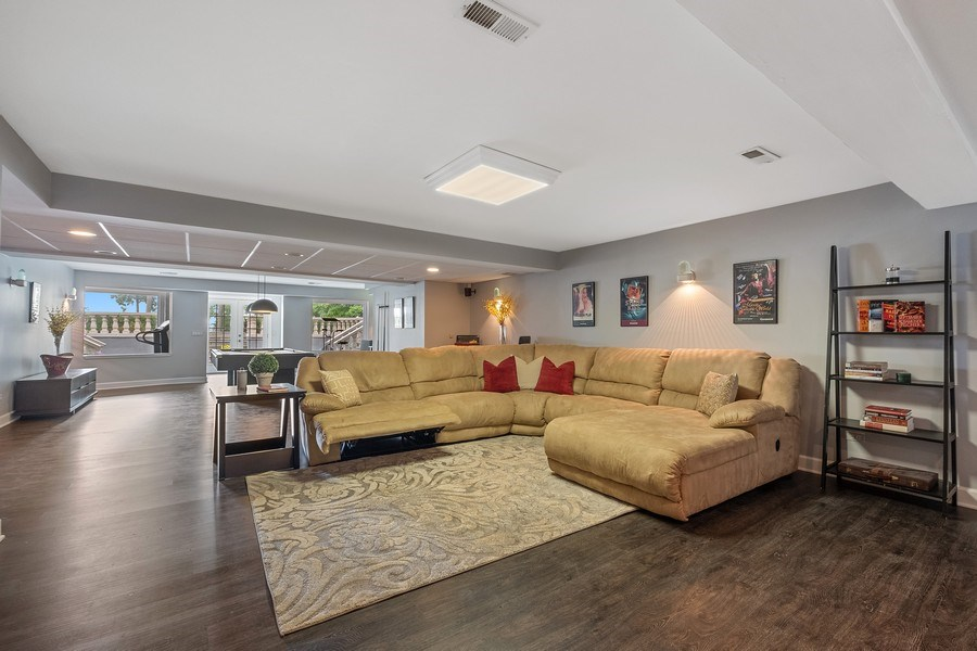 Real Estate Photography - 663 Circle Ln, Lake Forest, IL, 60045 - Recreational Room