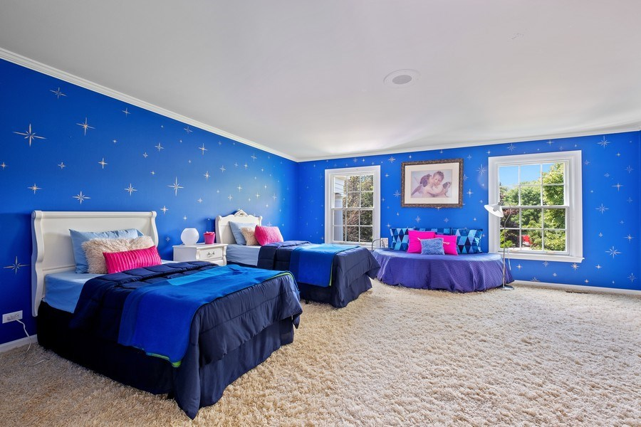 Real Estate Photography - 663 Circle Ln, Lake Forest, IL, 60045 -