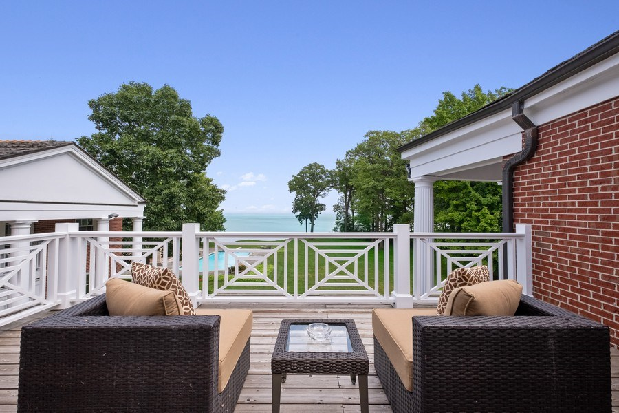 Real Estate Photography - 663 Circle Ln, Lake Forest, IL, 60045 - Balcony