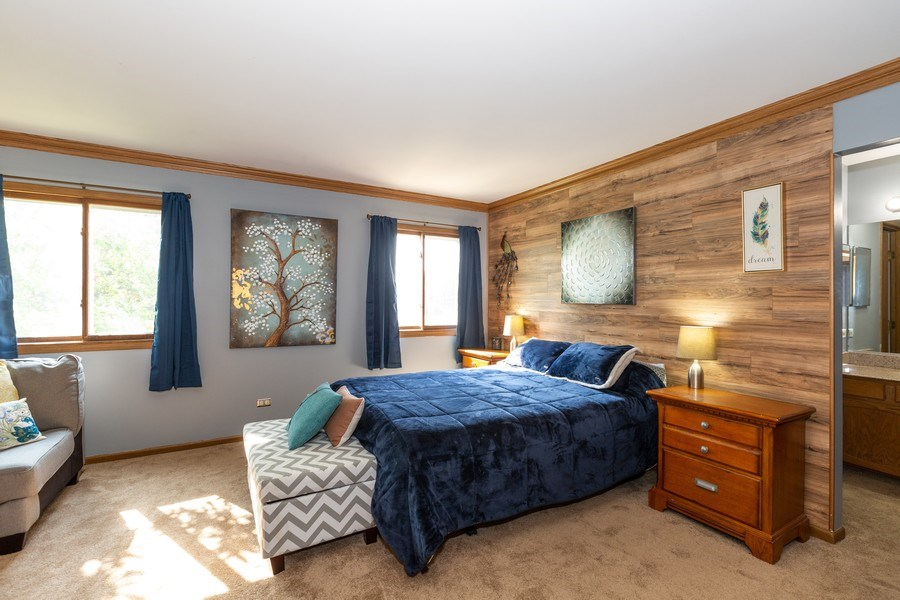 Real Estate Photography - 700 Auburn Ct, Crystal Lake, IL, 60014 - Master Bedroom
