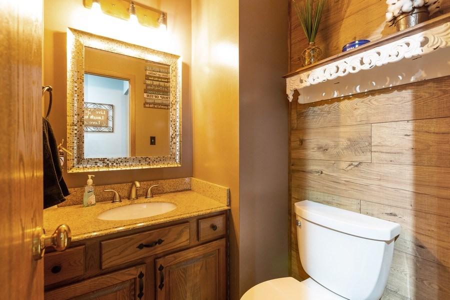 Real Estate Photography - 700 Auburn Ct, Crystal Lake, IL, 60014 - Powder Room