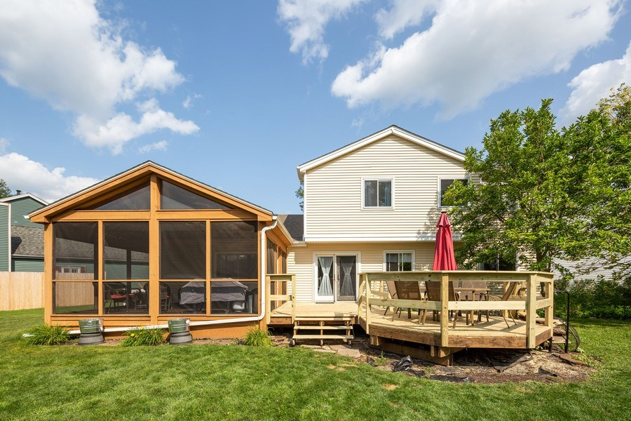 Real Estate Photography - 700 Auburn Ct, Crystal Lake, IL, 60014 - Rear View