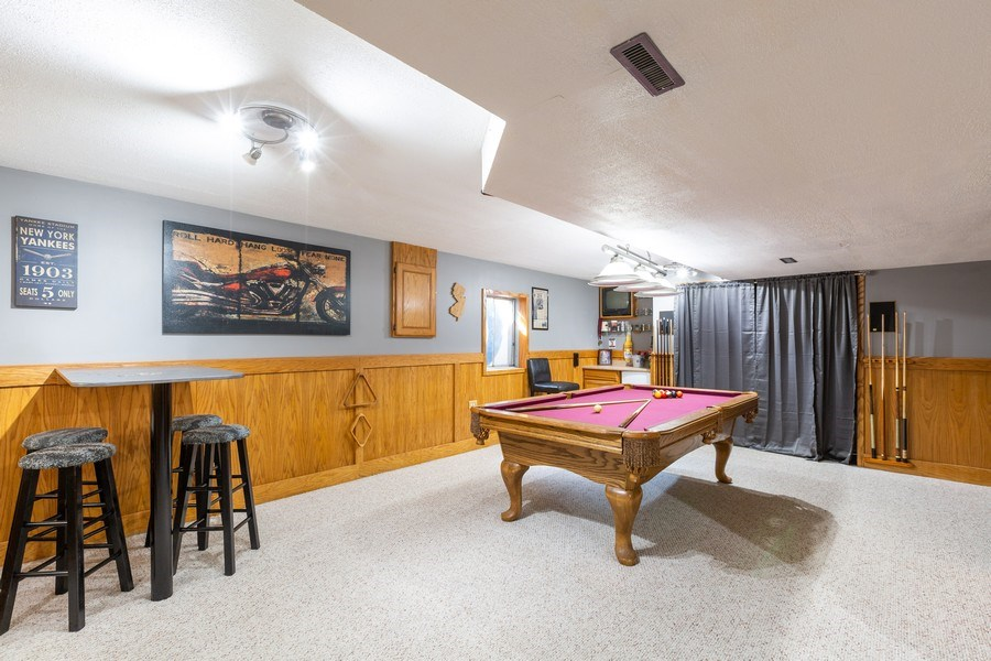 Real Estate Photography - 700 Auburn Ct, Crystal Lake, IL, 60014 - Finished Basement