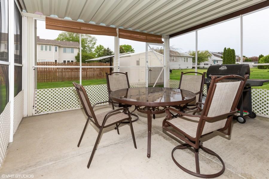 Real Estate Photography - 638 Superior Drive, Romeoville, IL, 60446 - Screened Patio
