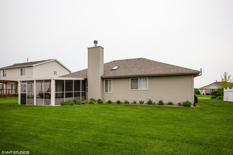 Real Estate Photography - 638 Superior Drive, Romeoville, IL, 60446 - Rear View