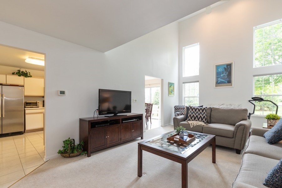 Real Estate Photography - 437 Ashwood Ct, Lindenhurst, IL, 60046 - Living Room