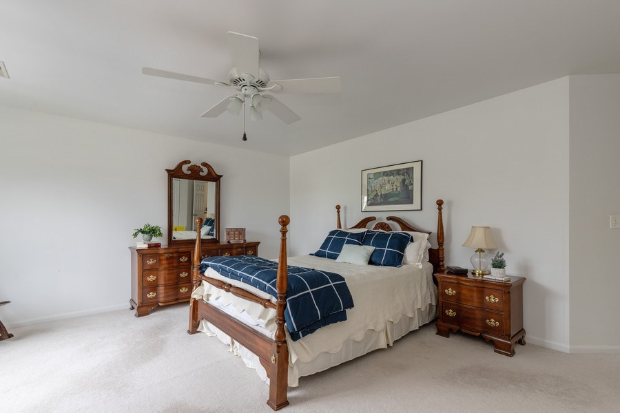 Real Estate Photography - 437 Ashwood Ct, Lindenhurst, IL, 60046 - Master Bedroom