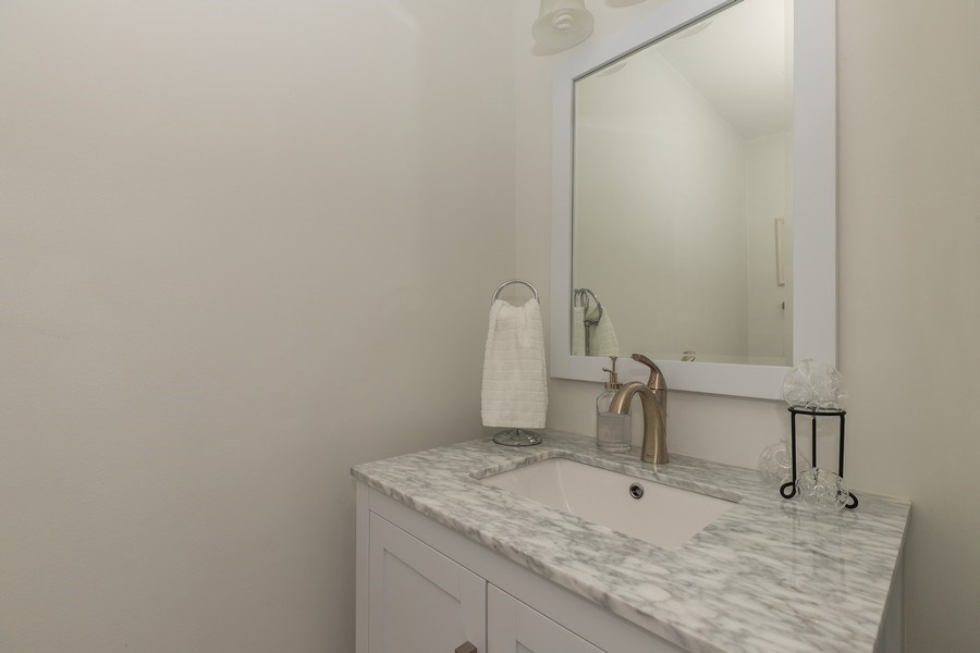 Real Estate Photography - 437 Ashwood Ct, Lindenhurst, IL, 60046 - Half Bath