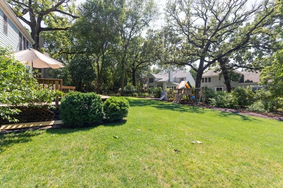 Real Estate Photography - 1128 Chesapeake Blvd, Grayslake, IL, 60030 - Back Yard