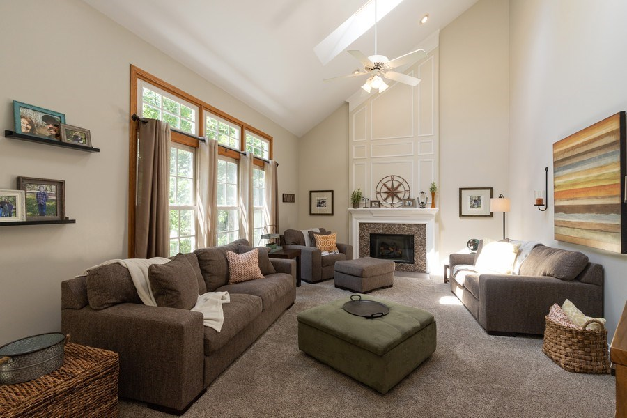 Real Estate Photography - 1128 Chesapeake Blvd, Grayslake, IL, 60030 - Family Room