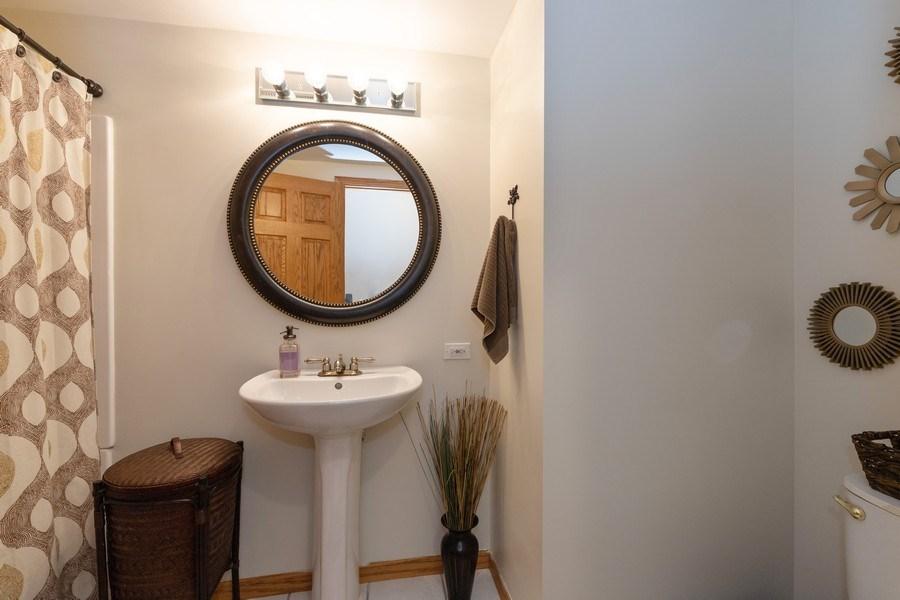 Real Estate Photography - 1128 Chesapeake Blvd, Grayslake, IL, 60030 - Half Bath
