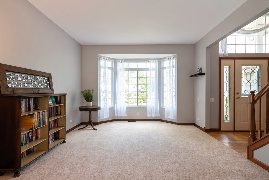 Real Estate Photography - 3 Fieldcrest Court, Algonquin, IL, 60102 - Living Room
