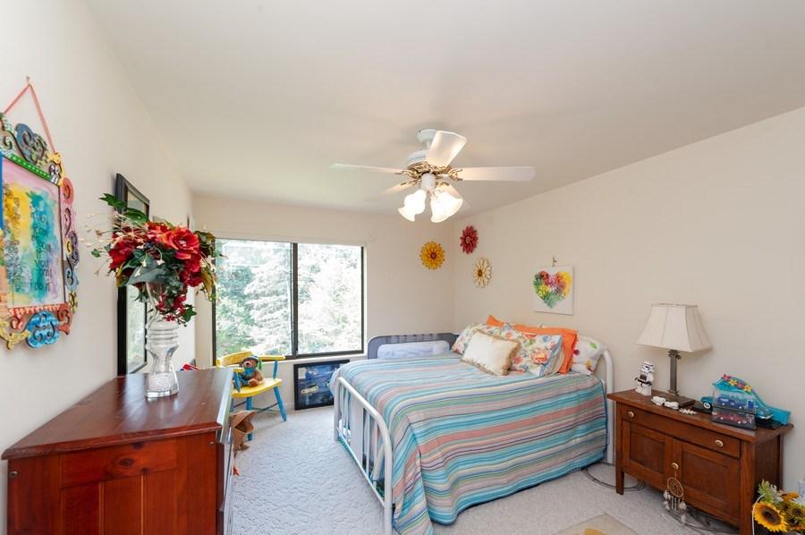 Real Estate Photography - 801 Oak Hill Road, Unit 471, Lake Barrington, IL, 60010 - 2nd Bedroom