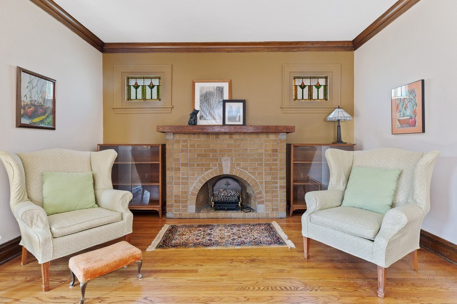 Real Estate Photography - 264 Addison Rd, Riverside, IL, 60546 - Living Room