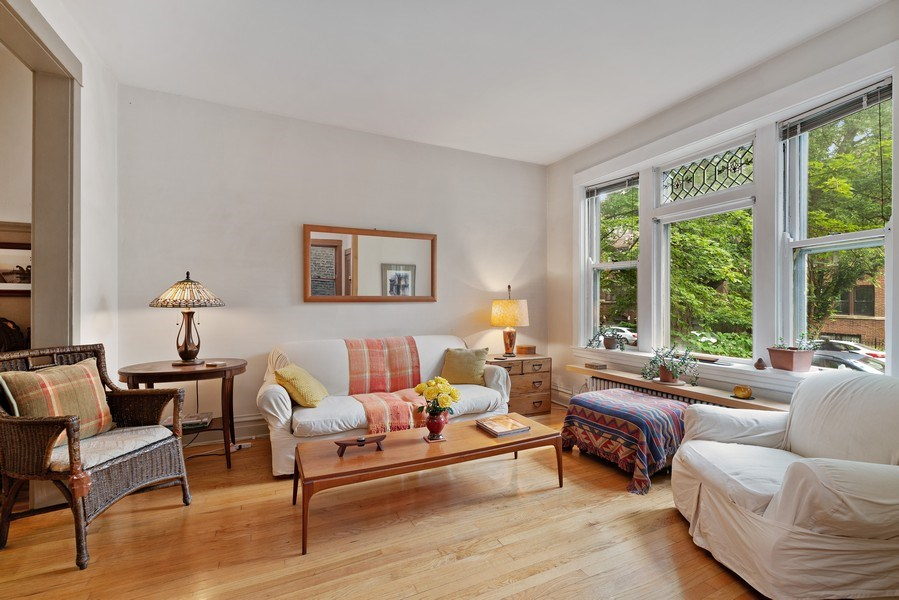 Real Estate Photography - 1440 W. Rascher Ave, Chicago, IL, 60640 - Living Room