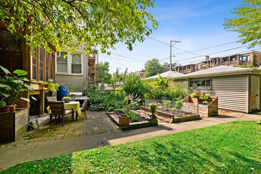 Real Estate Photography - 1440 W. Rascher Ave, Chicago, IL, 60640 - Back Yard