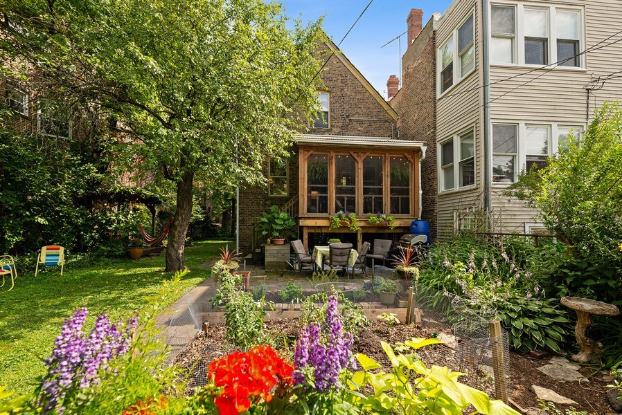 Real Estate Photography - 1440 W. Rascher Ave, Chicago, IL, 60640 - Rear View
