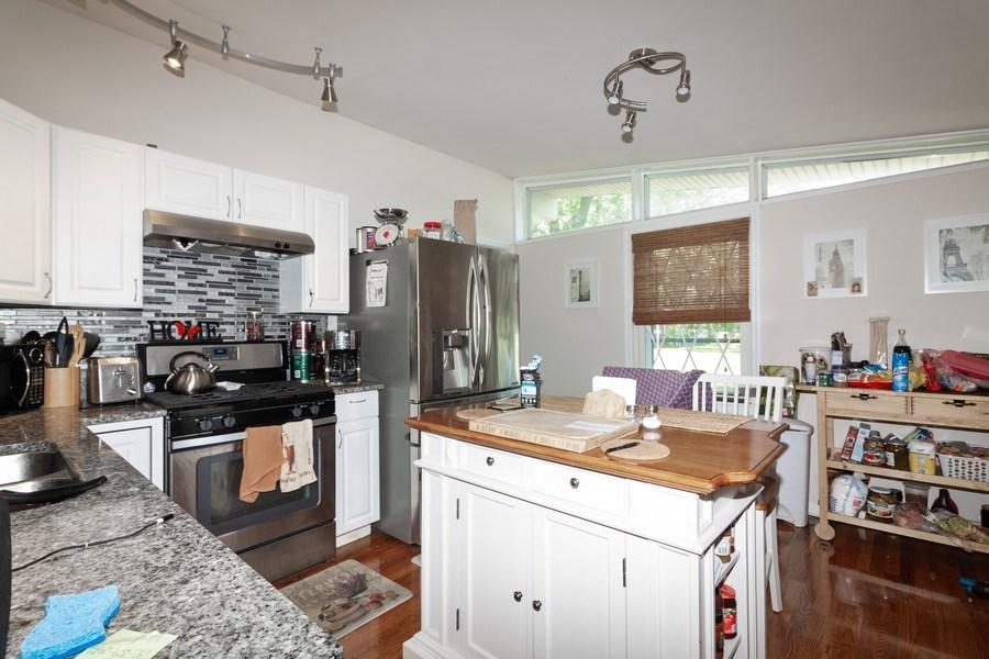 Real Estate Photography - 17W062 Hawthorne Avenue, Bensenville, IL, 60106 - Kitchen