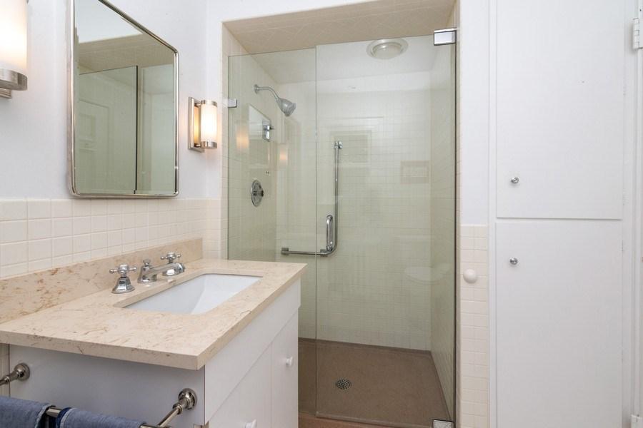 Real Estate Photography - 1330 Westmoor Trail, Winnetka, IL, 60093 - Jack & Jill Bathroom