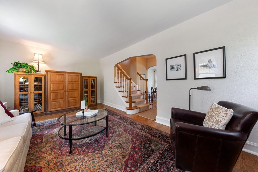 Real Estate Photography - 133 Barrypoint Rd, Riverside, IL, 60546 - Living Room