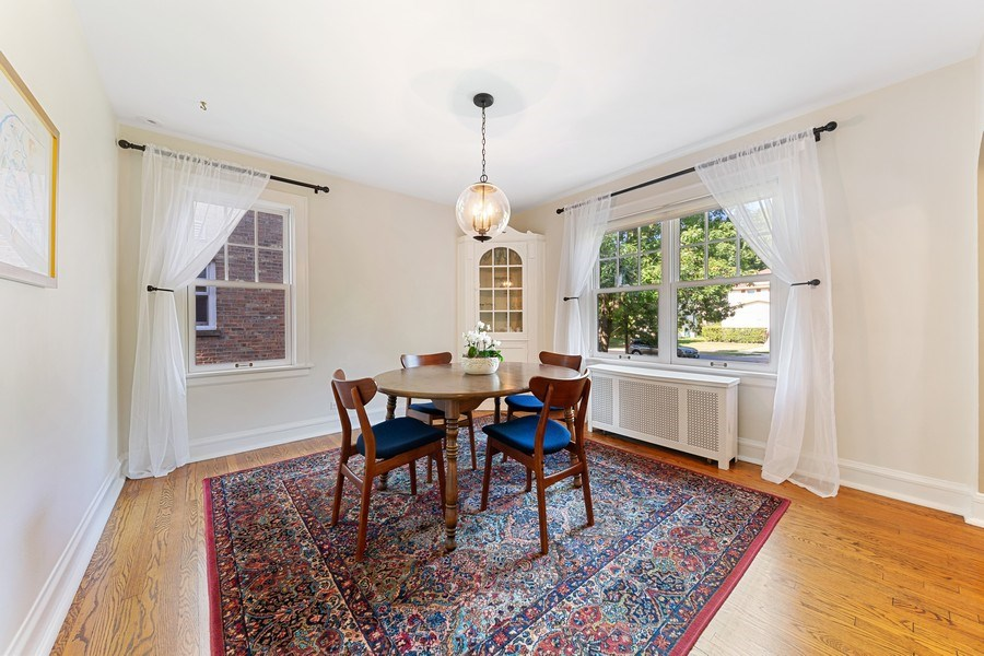 Real Estate Photography - 133 Barrypoint Rd, Riverside, IL, 60546 - Dining Room