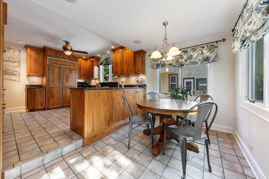 Real Estate Photography - 133 Barrypoint Rd, Riverside, IL, 60546 - Breakfast Area