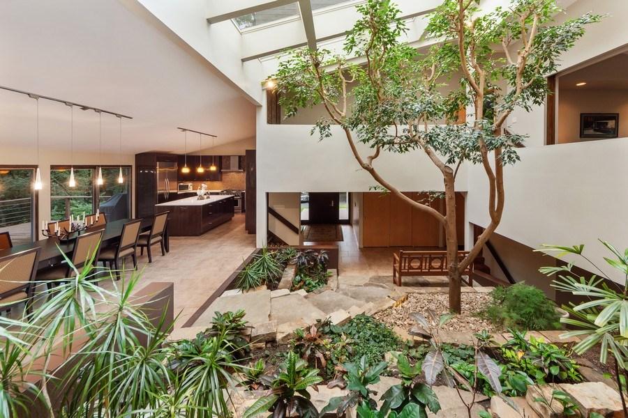 Real Estate Photography - 3 Wood Rock Rd, Barrington Hills, IL, 60010 - Atrium