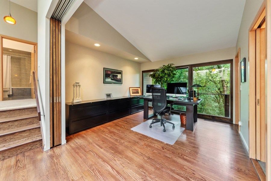 Real Estate Photography - 3 Wood Rock Rd, Barrington Hills, IL, 60010 - 2nd Bedroom