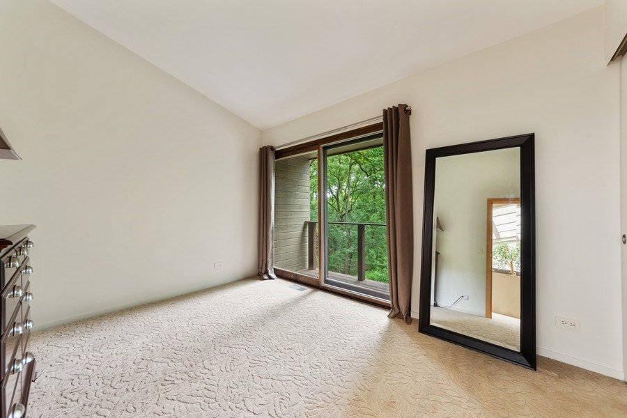 Real Estate Photography - 3 Wood Rock Rd, Barrington Hills, IL, 60010 - 4th Bedroom