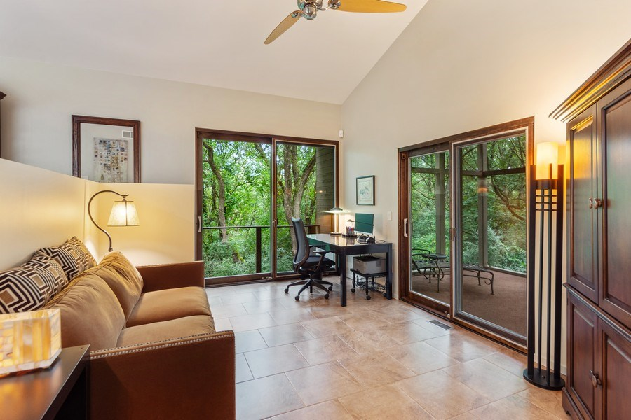 Real Estate Photography - 3 Wood Rock Rd, Barrington Hills, IL, 60010 - Office