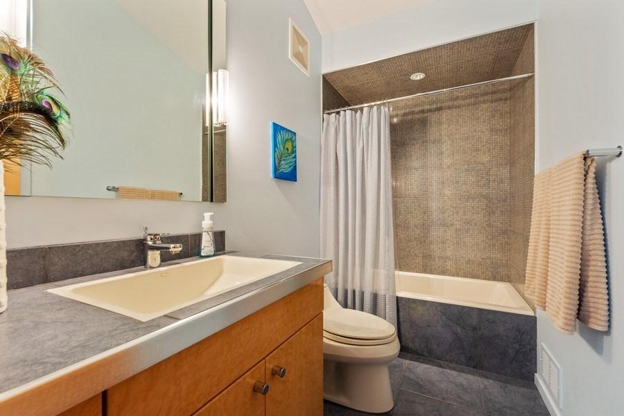 Real Estate Photography - 3 Wood Rock Rd, Barrington Hills, IL, 60010 - 2nd Bathroom