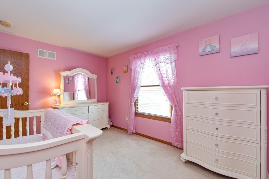 Real Estate Photography - 18284 Semmler Drive, Tinley Park, IL, 60487 - 2nd Bedroom