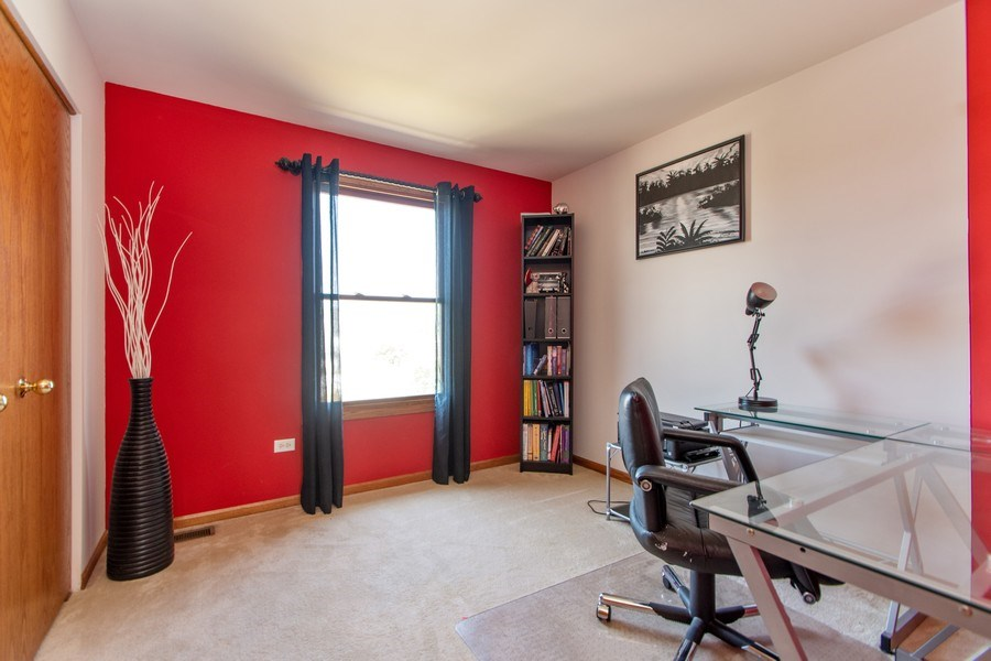 Real Estate Photography - 18284 Semmler Drive, Tinley Park, IL, 60487 - 3rd Bedroom