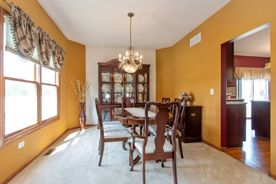 Real Estate Photography - 18284 Semmler Drive, Tinley Park, IL, 60487 - Dining Room