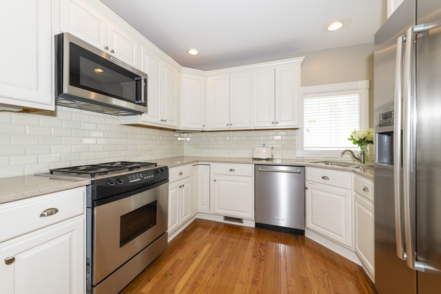 Real Estate Photography - 423 Taylor Avenue, Glen Ellyn, IL, 60137 - Lovely, light kitchen
