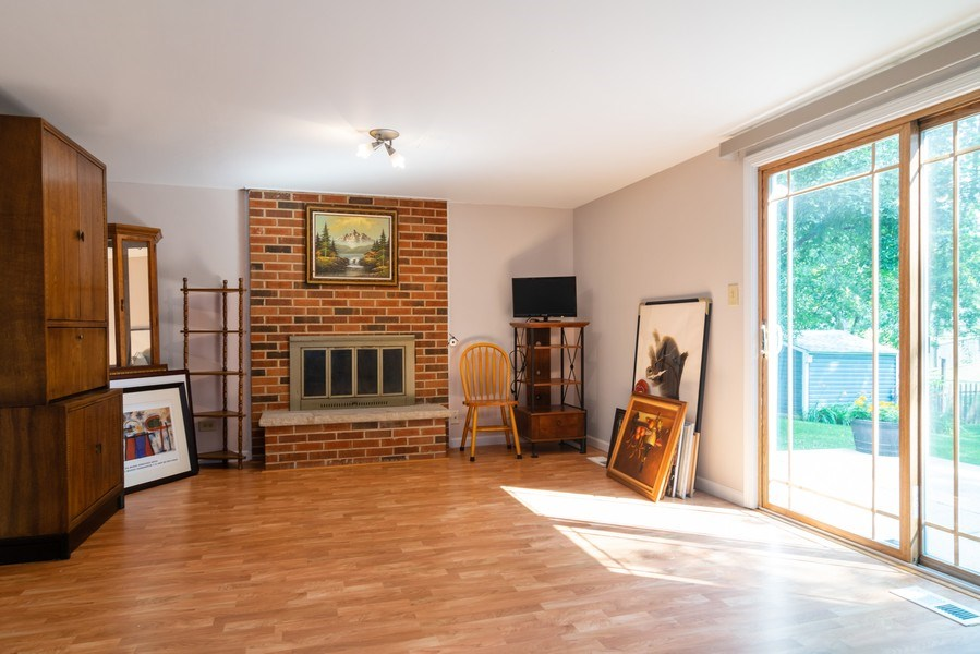 Real Estate Photography - 4105 Victoria Drive, Hoffman Estates, IL, 60192 - Family Room